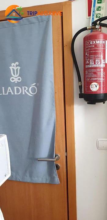 TRIPALGARVE TARM0065C MARINA ALBUFEIRA LLADRO (23)