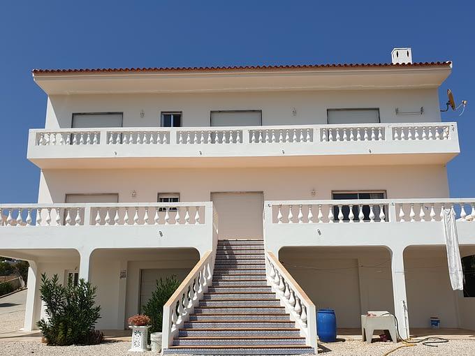 Tripalgarve immobilier albufeira maison de 6 chambres à côté de la plage de salgados