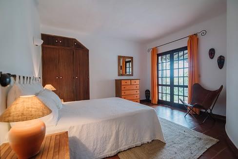 Tripalgarve immobilier albufeira algarve portugal TALOC0001A_Quarto1