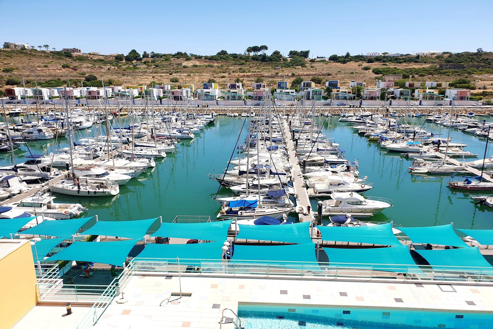 Magnifique appartement avec vue marina d'Albufeira