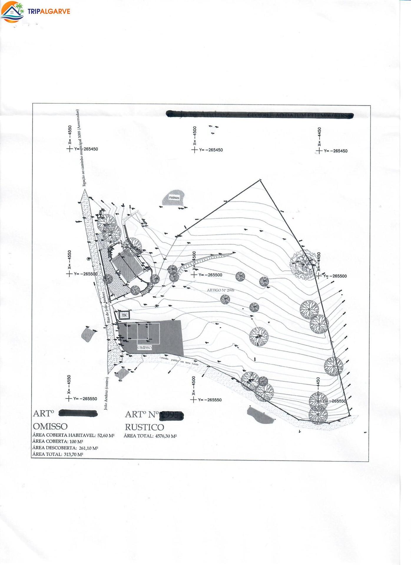 Terrain de 4.850 m² avec ruine
